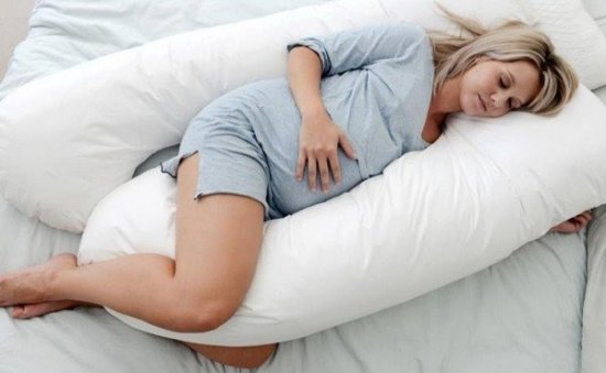 Сон на боку при беременности