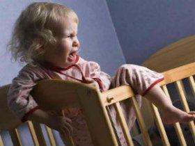 Истерика и плач у ребенка по ночам